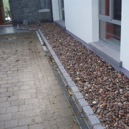 Silver/Grey Cropped Granite Setts - 4.3m2 Or 2.15m2 Packs, 100x100x200mm