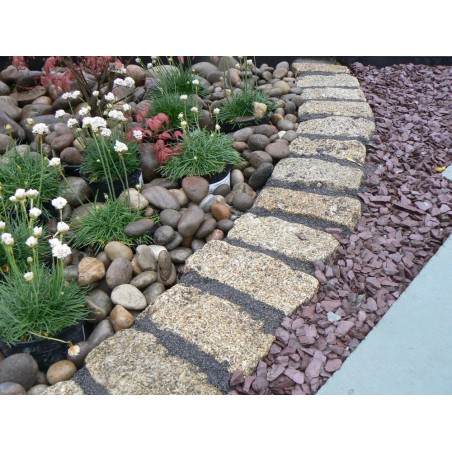 Yellow Cropped Granite Setts - 4.3m2 Or 2.15m2 Packs, 100x100x200mm