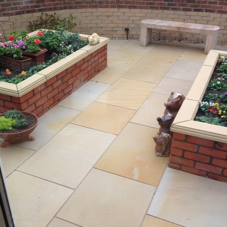 Buff Mint Sawn & Honed Sandstone Patio Pack - Mixed Size Pack