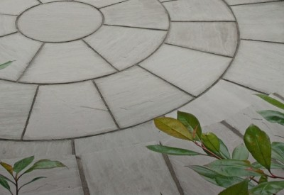 Paving Steps and Circles