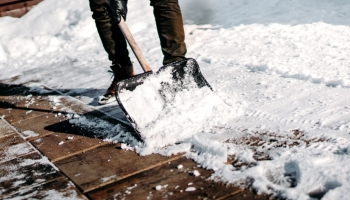 How to keep your pathways free from ice and snow this winter
